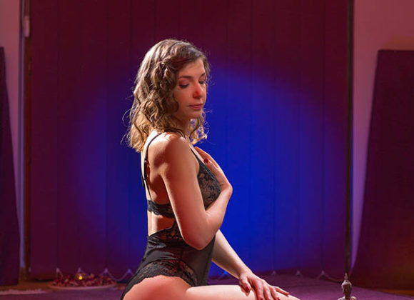 Our Sexy Masseuses | iTantric Bucharest